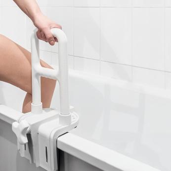 Sicherer Badewannen Einstiegshilfe