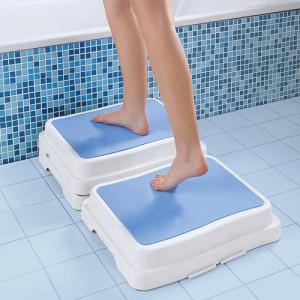 mit diesen Trittstufen betreten Sie sicher Ihre Badewanne